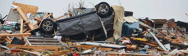 Illinois-tornado-Wrecked-car-(Rotator)