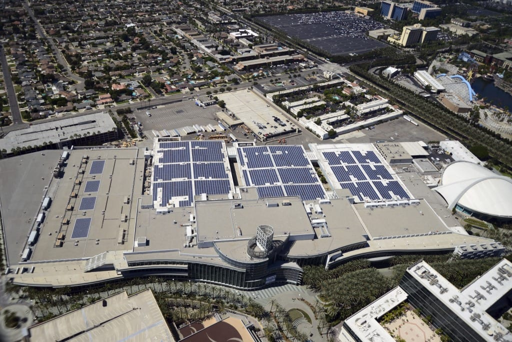 ECN 102014_SW_Anaheim Convention Center solar ray system_photo2 aerial image