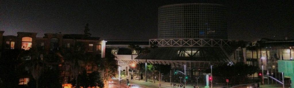 ECN-032015_NTL_LACC-goes-dark-for-Earth-Hour-(Rotator)