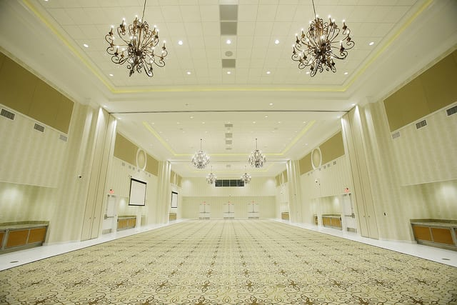 The freestanding events facility provides a 10,000 square-foot ballroom and accommodates 200 overnight guests.