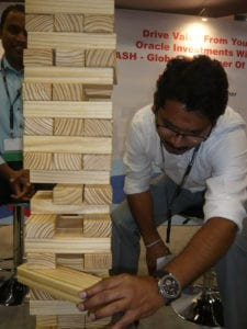 yash-technologies-lured-potential-leads-with-giant-jenga-and-giant-kerplunk