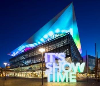iccsydney_its_showtime_text-1280x1101
