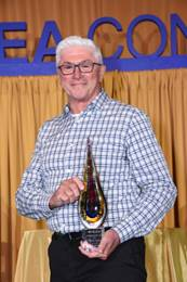 HCEA Presents Distinguished Service Award to Michael Seymour of 3D Exhibits