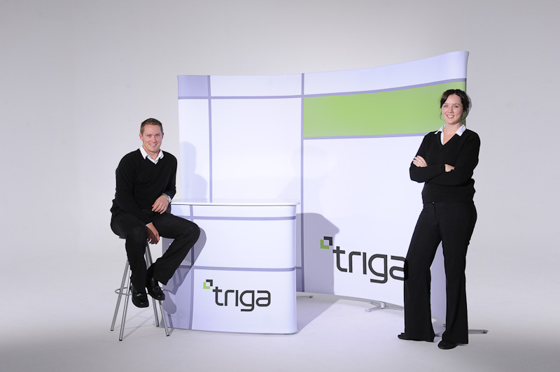 ecn_072013_triga-tension_fabric_display_and_stand